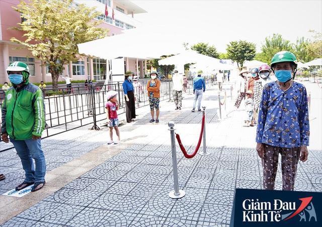ATM gạo tự động đầu tiên ở Đà Nẵng: Không phân biệt bạn đi xe gì, ai cần cứ đến lấy! - Ảnh 8.