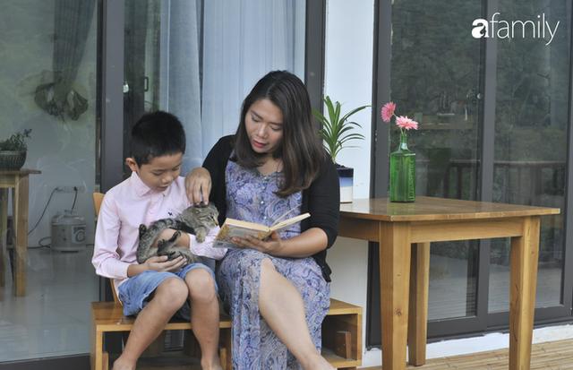 Vượt qua cú sốc con tự kỷ, nữ giám đốc ở Hà Nội đóng 4 cơ sở dạy tiếng Anh, đổi mọi công sức và tiền bạc lấy... 3 giây con nhìn vào mắt mình - Ảnh 8.