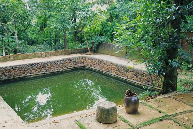 Mê mẩn khu nhà trên núi có ao đầy cá, vườn trĩu quả - Ảnh 9.