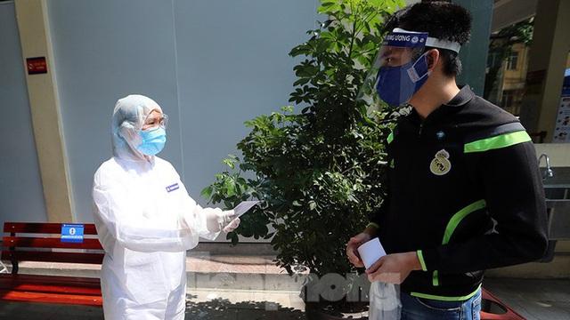 Cận cảnh phòng khám dã chiến bằng container ở bệnh viện phụ sản T.Ư - Ảnh 13.