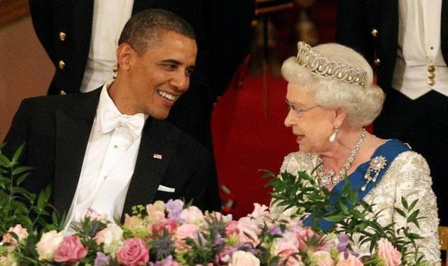 Nữ hoàng Elizabeth II: Từ công chúa sinh ra trong nhung lụa trở thành người phụ nữ quyền lực truyền cảm hứng cho hàng triệu trái tim - Ảnh 23.