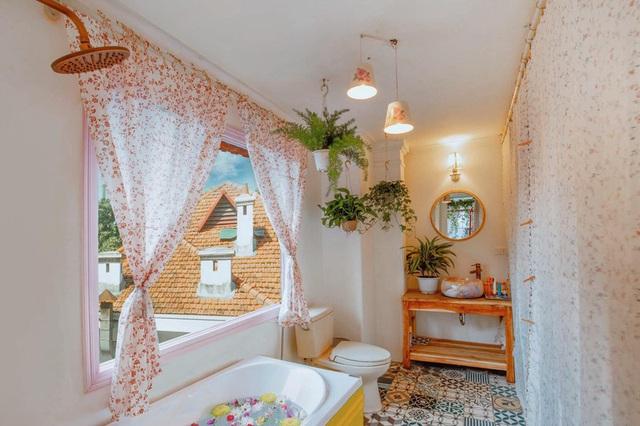 Cải tạo tầng thượng cũ kỹ thành không gian sống vintage lãng mạn - Ảnh 6.