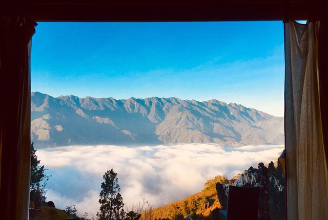 Đẹp ngỡ ngàng ngôi nhà gỗ săn mây trên đỉnh núi ở SaPa - Ảnh 7.