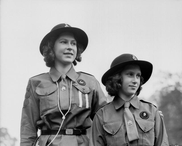 Nữ hoàng Elizabeth II: Từ công chúa sinh ra trong nhung lụa trở thành người phụ nữ quyền lực truyền cảm hứng cho hàng triệu trái tim - Ảnh 9.