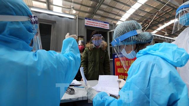 Cận cảnh phòng khám dã chiến bằng container ở bệnh viện phụ sản T.Ư - Ảnh 10.
