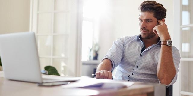 Làm việc tại nhà 2 năm tôi học được 1 điều đắt giá: Hóa ra làm việc chăm chỉ hay khôn ngoan chưa đủ, làm đúng lúc, đúng thời cơ giúp  bạn tăng năng suất gấp 10 lần - Ảnh 1.