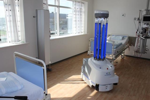 Viễn cảnh đáng sợ nhất có vẻ đã sắp tới: Vì Covid-19, robot có thể sẽ khiến con người mất việc nhanh hơn - Ảnh 1.