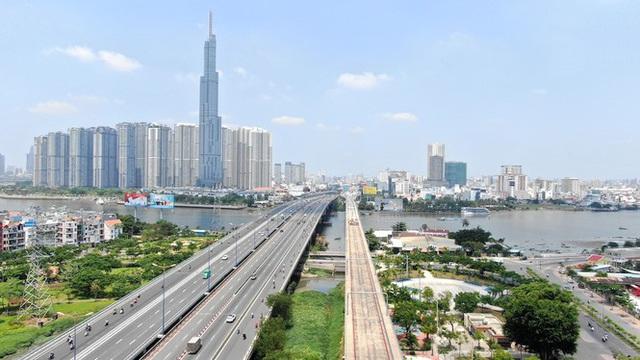 Tuyến metro đầu tiên của Sài Gòn đang thi công tới đâu? - Ảnh 2.