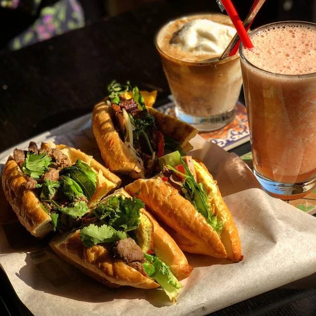 Tự hào khôn xiết với 3 thương hiệu đồ ăn uống Việt Nam đã xuất ngoại thành công, khách nước ngoài xếp hàng mua nườm nượp - Ảnh 11.