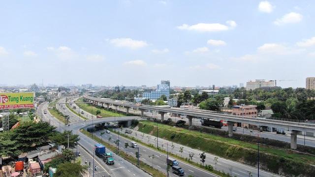 Tuyến metro đầu tiên của Sài Gòn đang thi công tới đâu? - Ảnh 12.