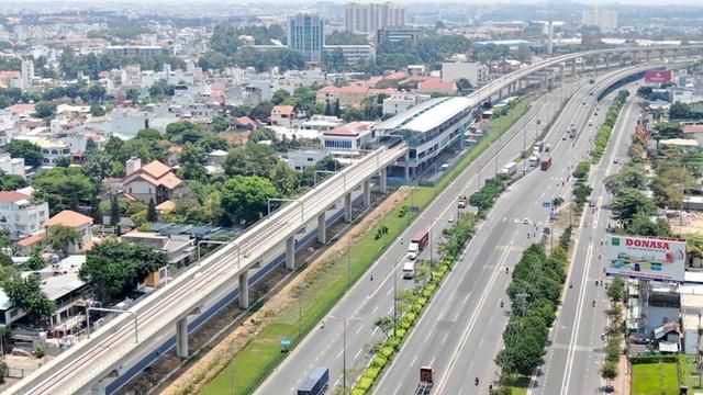 Tuyến metro đầu tiên của Sài Gòn đang thi công tới đâu? - Ảnh 13.