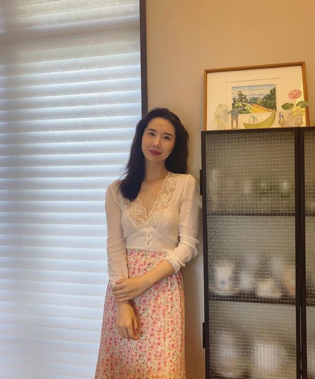 Li kỳ vụ ngoại tình của chủ tịch Taobao: Để Alibaba đầu tư vào công ty bồ nhí, hậu thuẫn người tình bán hàng online trên chính nền tảng của mình, vợ phải công khai dằn mặt tránh xa chồng tôi ra - Ảnh 3.