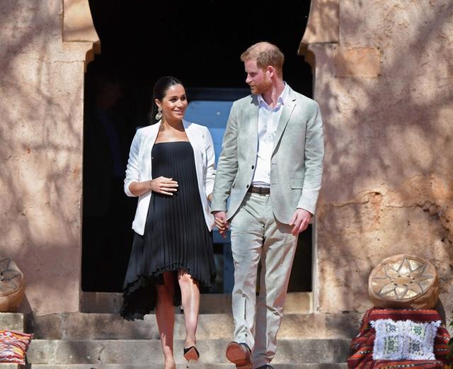 Nhằm cứu vãn hôn nhân rạn nứt, Meghan Markle dự định sinh em bé thứ hai tại Mỹ nhưng có thể khiến mọi chuyện trầm trọng hơn - Ảnh 1.