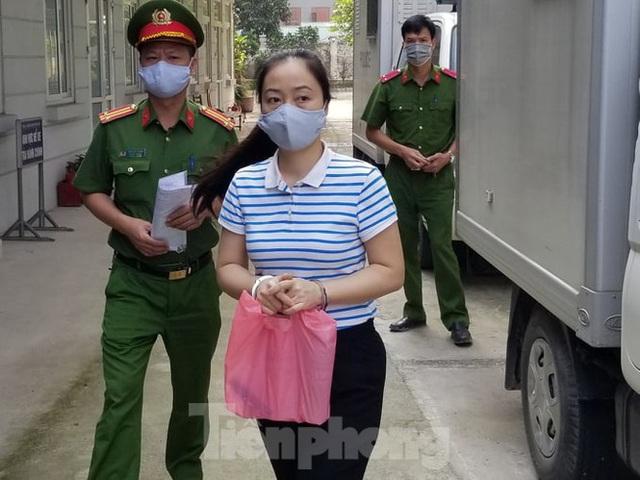 Đang thụ án chung thân, Hà Văn Thắm tiếp tục hầu toà - Ảnh 1.