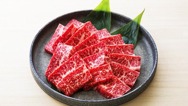 10 lợi ích của thịt bò so với các loại thịt khác: Kiến tạo cơ bắp và tăng cường sức mạnh - Ảnh 1.