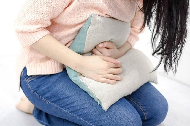 Người phụ nữ 36 tuổi từ đau dạ dày chuyển sang ung thư dạ dày hiếm gặp chỉ trong 3 tuần, đây là những điều cơ bản nhất bạn cần biết về căn bệnh này - Ảnh 2.