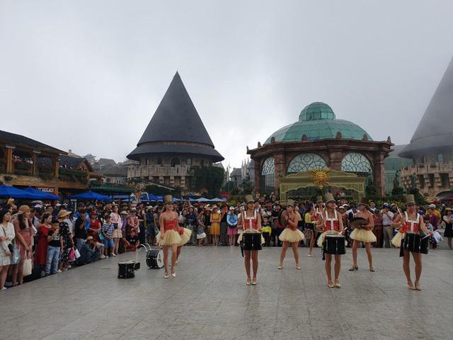 Đà Nẵng: Cho mở cửa khu du lịch Bà Nà từ 30-4 - Ảnh 1.
