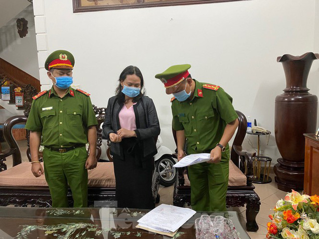 Vụ án tại Sở Y tế Đắk Lắk: 10 cán bộ đã bị khởi tố là ai? - Ảnh 4.
