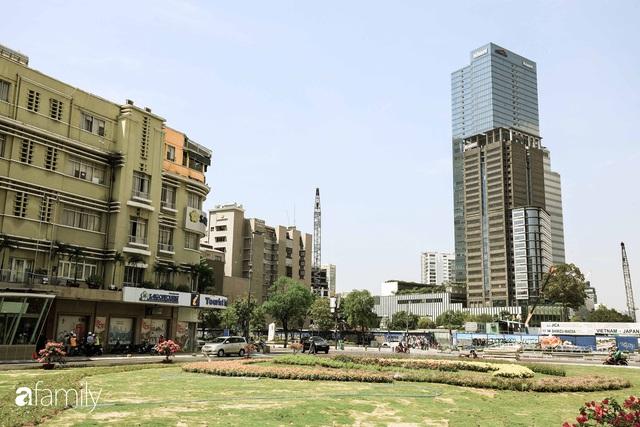 Người Sài Gòn choáng ngợp trước khung cảnh đại lộ Lê Lợi - Nguyễn Huệ - Đồng Khởi đẹp như trong mơ sau khi gỡ rào chắn để xây ga ngầm Metro - Ảnh 5.