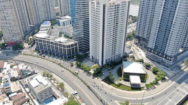 Con đường dài hơn 3km gánh cả rừng chung cư ở Sài Gòn - Ảnh 2.