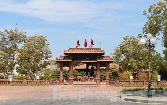 Tận thấy dự án sân golf Phan Thiết biến tướng thành khu đô thị - Ảnh 6.