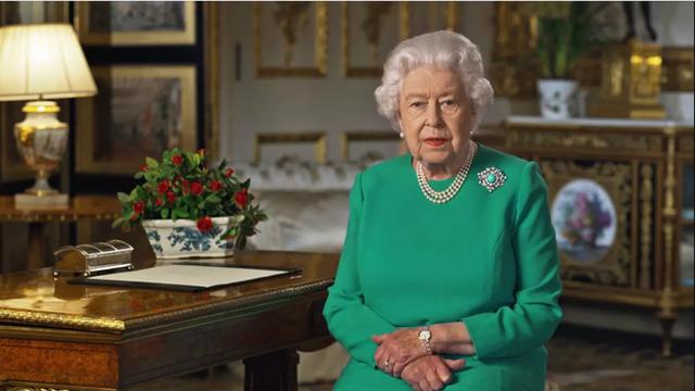 Nữ hoàng Anh lần đầu xuất hiện công khai phát biểu về Covid-19 sau thời gian ở ẩn - Ảnh 1.