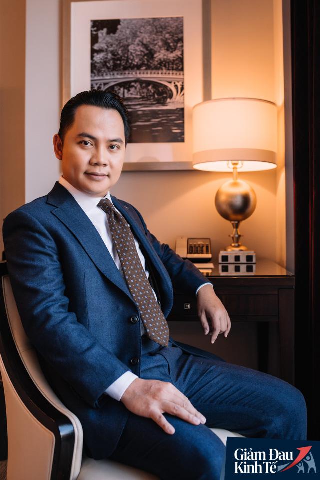 Chuyên gia Phan Công Chánh: Giữ tiền mặt hay đầu tư bất động sản lúc này? - Ảnh 1.