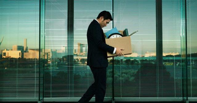 Bị nghỉ việc giữa mùa dịch: Thay vì than thân trách phận, hãy áp dụng ngay 9 bước quan trọng này để cứu vãn sự nghiệp của bạn - Ảnh 2.