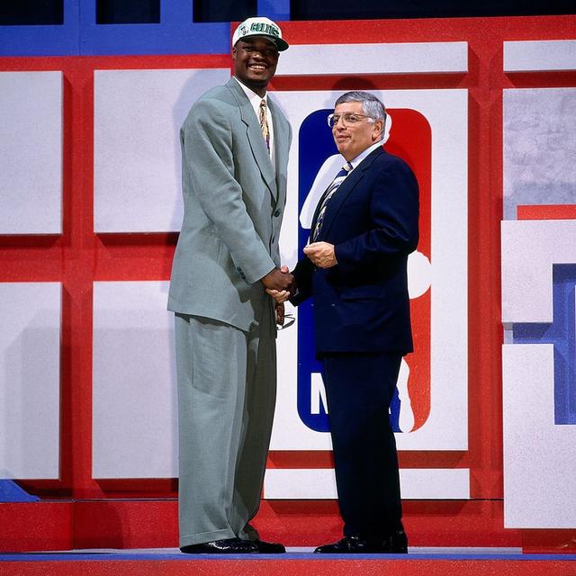 Nhà vô địch NBA và hành trình làm lại cuộc đời sau khi đốt sạch 2.500 tỷ đồng rồi trở thành kẻ tay trắng với khoản nợ khổng lồ - Ảnh 2.