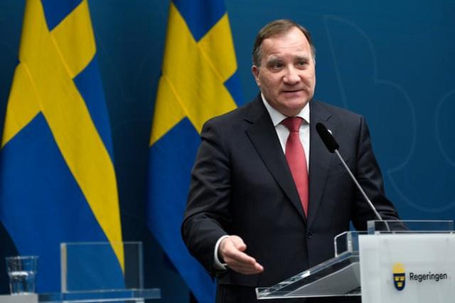 Covid-19: Tỷ lệ tử vong gấp đôi Mỹ, lý do Thụy Điển vẫn một mình một kiểu và thủ tướng được tín nhiệm chưa từng thấy - Ảnh 2.