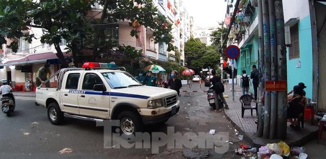 Kết quả xét nghiệm 92 người ở chung cư bị phong tỏa tại Sài Gòn - Ảnh 2.