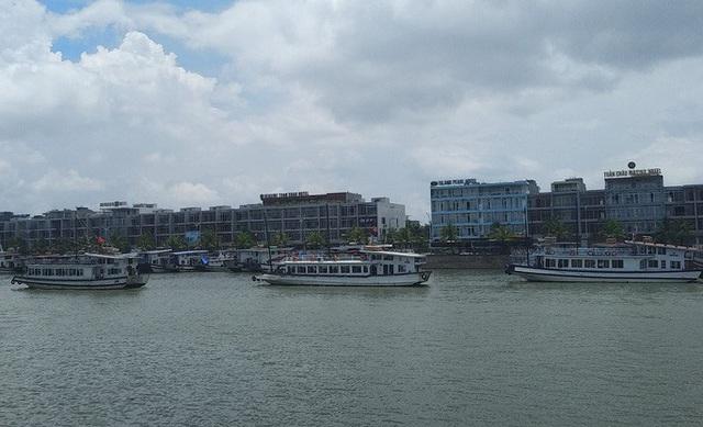 Mở cửa đón khách tham quan vịnh Hạ Long từ 12 giờ ngày 1/5  - Ảnh 1.