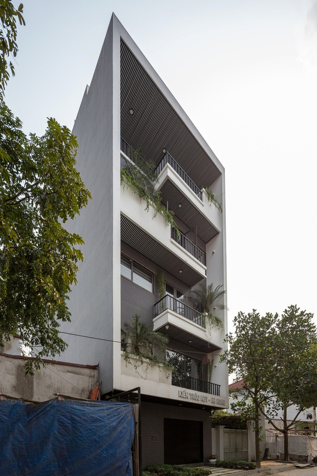 Lạ mắt với ngôi nhà 5 tầng của vợ chồng giáo viên ở Bắc Ninh