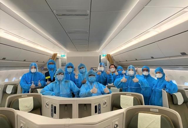 Hơn 270 công dân Việt Nam từ Malaysia về sân bay Đà Nẵng  - Ảnh 11.