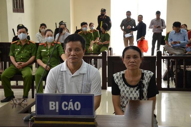 [ẢNH] Quang cảnh phiên xử vợ chồng chủ doanh nghiệp Lâm Quyết liên quan đến Đường Nhuệ - Ảnh 5.