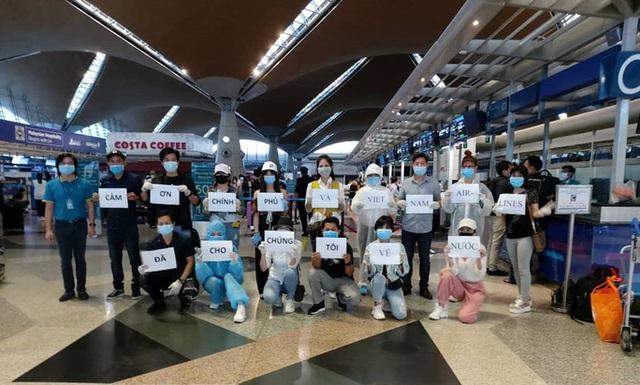 Hơn 270 công dân Việt Nam từ Malaysia về sân bay Đà Nẵng  - Ảnh 7.