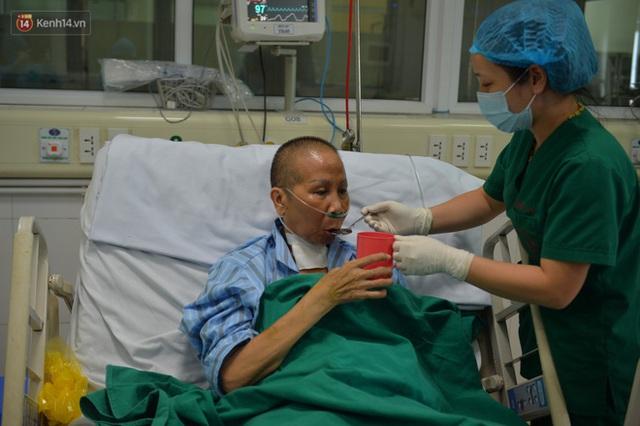 Hành trình sinh tử của bác gái bệnh nhân 17: Tôi sẽ luôn cố gắng, vì còn nhiều dự định dang dở chưa hoàn thành - Ảnh 3.