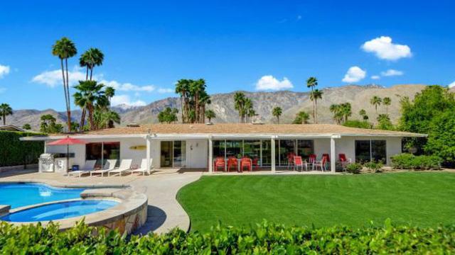 """Khám phá căn nhà trong mơ"""" của Disney đang rao bán giá 1,1 triệu USD - Ảnh 1."""