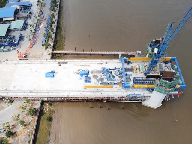 Cây cầu vượt sông Sài Gòn vốn 4.260 tỷ đồng - biểu tượng mới của TP HCM - Ảnh 3.