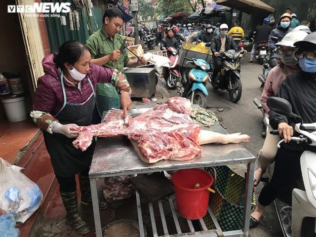 Lạm phát 2020 bị gây áp lực bởi giá thịt lợn cao ngất ngưởng - Ảnh 1.