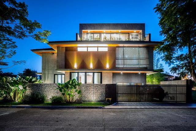 Ấn tượng thiết kế của ngôi nhà làm bằng gỗ và bê tông - Ảnh 3.