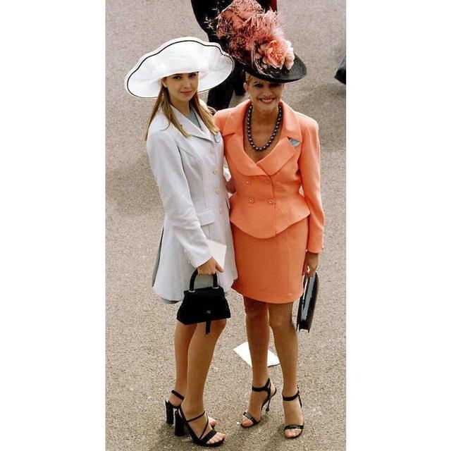 Tuyên ngôn thời trang Ivanka Trump trong các sự kiện quan trọng: Tinh tế có thừa, nhưng ẩn ý đằng sau mỗi trang phục mới là điều đáng quan tâm - Ảnh 3.