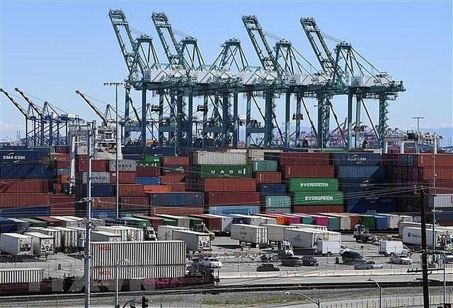 Liên hợp quốc: Đại dịch dự kiến sẽ khiến GDP toàn cầu giảm 8,5 nghìn tỷ USD trong 4 năm tới, xóa sạch thành tích của 4 năm vừa qua - Ảnh 1.