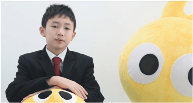Sửng sốt trước doanh nhân 16 tuổi sở hữu khối tài sản 3.300 tỷ đồng nhưng vẫn đến trường học mỗi ngày - Ảnh 2.