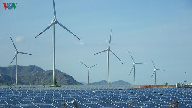 Ninh Thuận triển khai dự án năng lượng tái tạo 12.000 tỷ đồng - Ảnh 1.