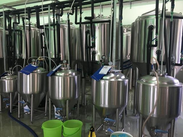 Vì sao bia thủ công của Thái Lan lại phải nhập khẩu từ Việt Nam vào... Thái Lan? - Ảnh 1.