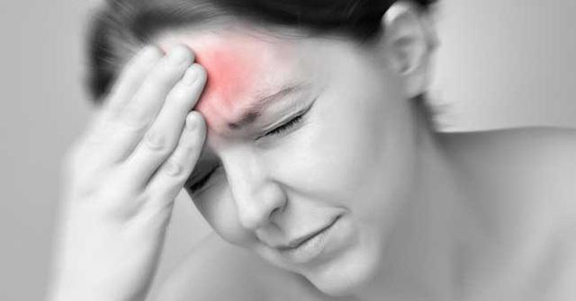 Nhức đầu kéo dài, tái đi tái lại nhưng đi khám lại không sao: Chuyên gia thần kinh trả lời khi nào bạn cần gặp bác sĩ gấp vì căn bệnh rất nhiều người mắc này - Ảnh 1.