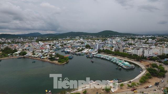 Điểm danh dự án tại Phú Quốc được miễn, giảm tiền sử dụng đất trái luật - Ảnh 1.