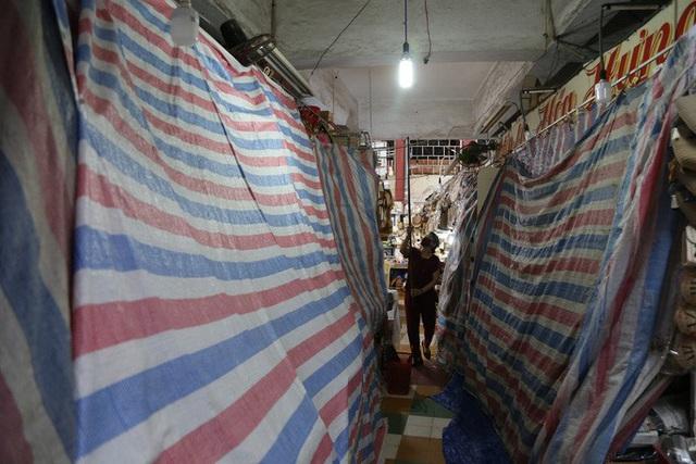 Tiểu thương chợ Đầm Nha Trang đồng loạt nghỉ bán vì ế ẩm - Ảnh 4.