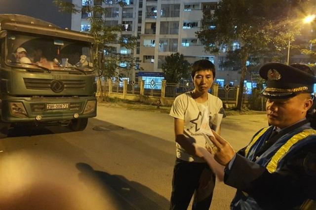 """Truy tố 7 bị can trong vụ bảo kê logo """"xe vua"""" ở Hà Nội - Ảnh 1."""